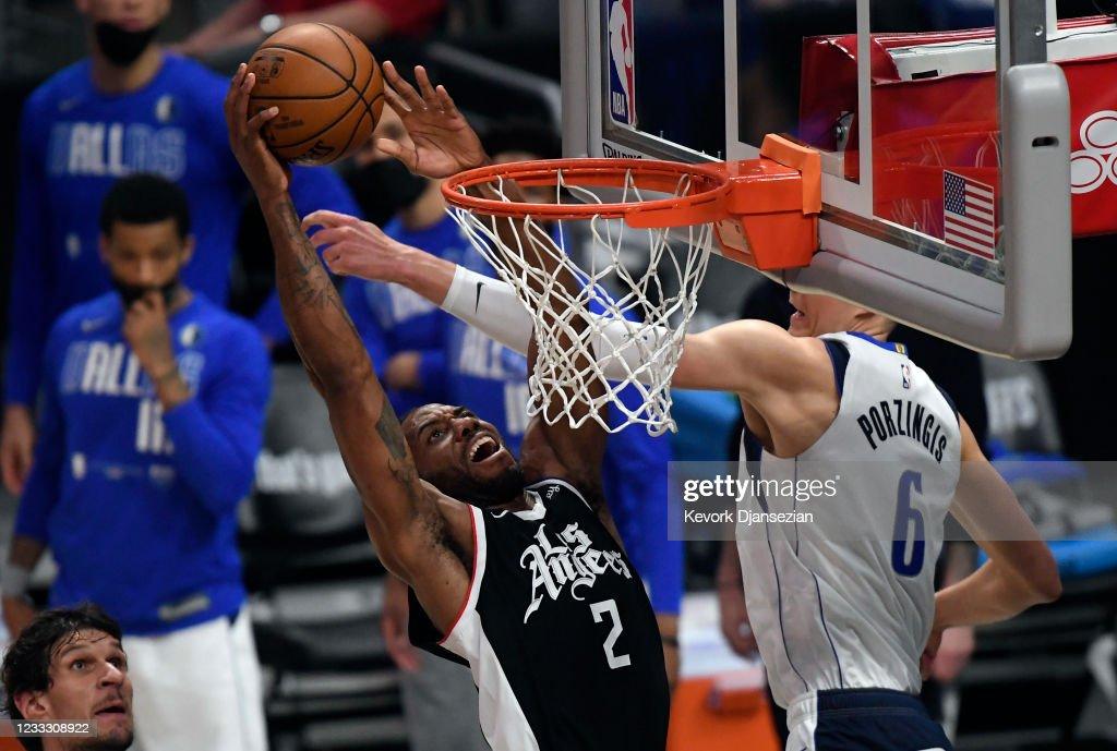 Dallas Mavericks v Los Angeles Clippers - Game Seven : News Photo
