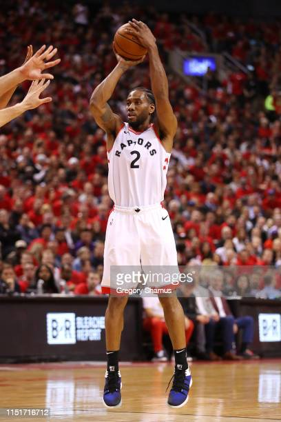 Kawhi Leonard of the Toronto Raptors shoots the ball during the second half against the Milwaukee Bucks in game six of the NBA Eastern Conference...