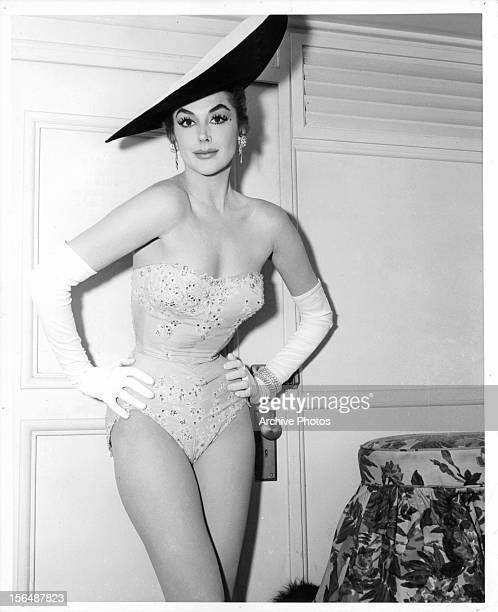 Kay Kendall on the set of the film 'Les Girls' 1957