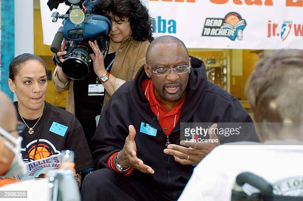 Kay Malone and NBA legend Bob Lanier speak to children during the Read to Achieve Caravan Event at Childrens Hospital of Los Angeles on February 9...