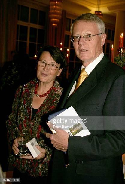 Kay Nehm Ehefrau Gala zum Jubiläum 115 Jahre Grandhotel Petersberg und 15 Jahre Gästehaus des Bundes Hotel Steigenberger Königswinter Deutschland PNr...