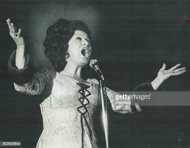 Kay Starr at hook and ladder club. Songs reach back to her big hit; Wheel of Fortune