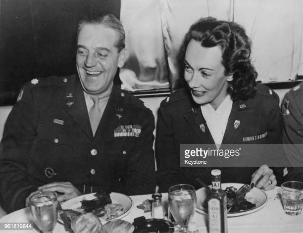 Kay Summersby dines with Lieutenant Colonel Gordon Saar at the Stork Club in New York 6th November 1945 Summersby served as chauffeur and personal...