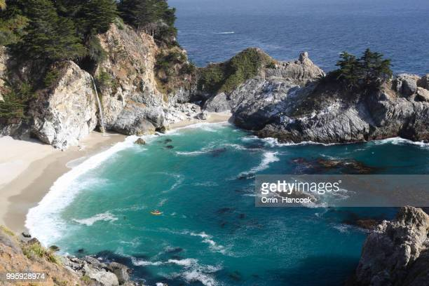 kayaker near mcway falls - mcway falls stock pictures, royalty-free photos & images