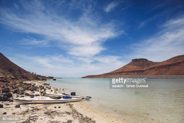 Kayaking around Isla Espiritu Santo