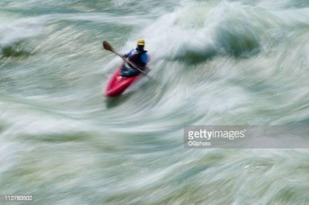 kayak, great falls, en virginie, le potomac, dans le maryland - ogphoto photos et images de collection