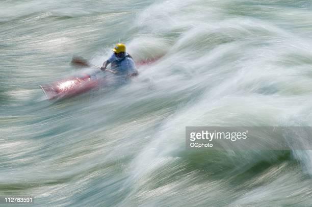 navegación en kayak, great falls, río potomac, virginia, maryland - ogphoto fotografías e imágenes de stock