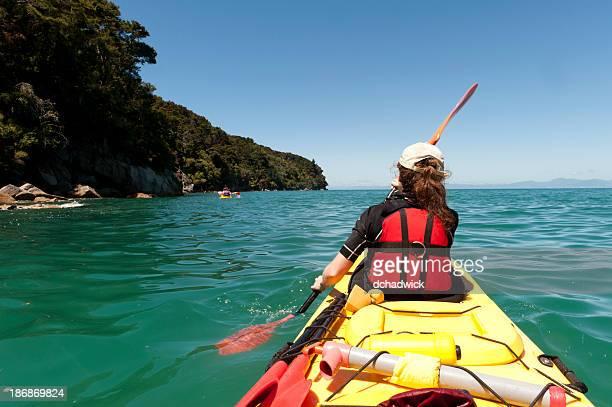 En kayak en el de Abel Tasman