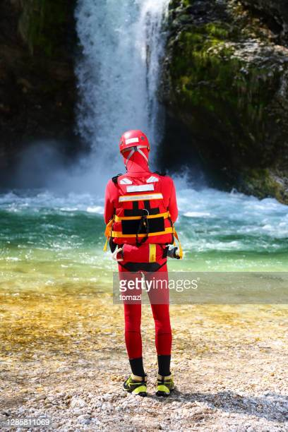 kayaking safeguard - rescue stock pictures, royalty-free photos & images