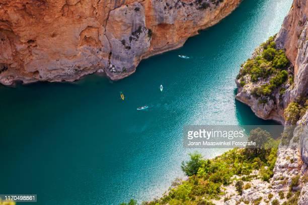 kayaking the gorges du verdon - gorges du verdon photos et images de collection