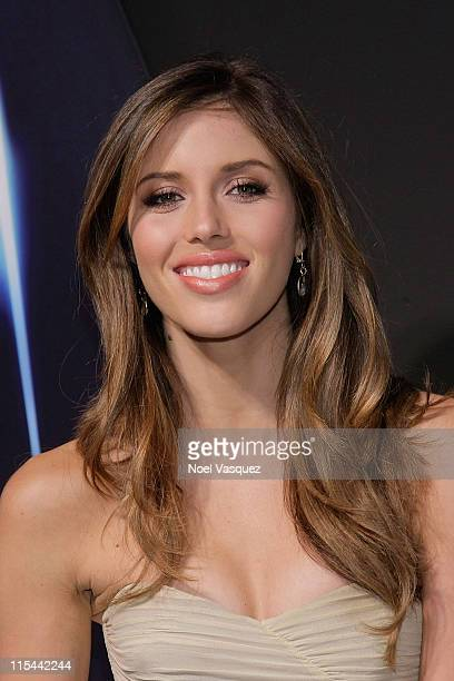 """Kayla Ewell attends the """"Star Trek"""" DVD and Blu-Ray release party at the Griffith Observatory on November 16, 2009 in Los Angeles, California."""