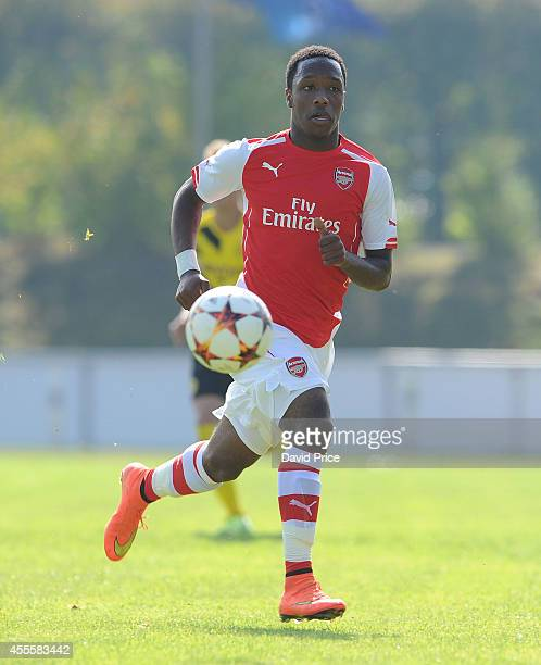 Kaylen Hinds of Arsenal in action during the UEFA Youth League Match between Borussia Dortmund and Arsenal at Montanhydraulik Stadion on September 17...