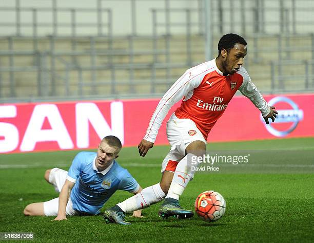 Kaylen Hinds of Arsenal takes on Jacob Davenport of Man City during the match between Manchester City and Arsenal in the FA Youth Cup semi final 1st...
