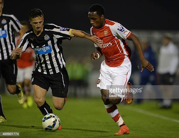 Kaylen Hinds of Arsenal takes on Jamie Sterry of Newcastle during the Barclays Premier U21 League match between Arsenal and Newcastle at Meadow Park...