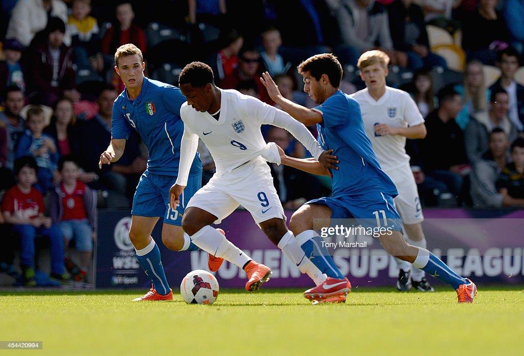 England v Italy: U17 International : News Photo