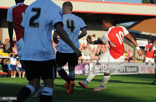 Kaylen Hinds scores a goal for Arsenal during the match between Arsenal U21 and Derby County U21 at Meadow Park on August 21 2015 in Borehamwood...