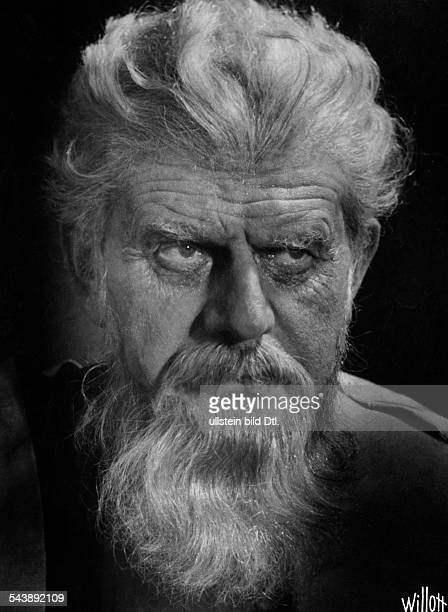 Kayssler Friedrich actor writer composer Germany*07041874Portrait in one of his roles Photographer Charlotte Willott 1938Vintage property of ullstein...