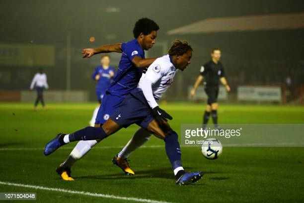 Kazaiah Sterling of Tottenham Hotspur battles for the ball in the area with Richard Nartey of Chelsea during the Premier League 2 match between...