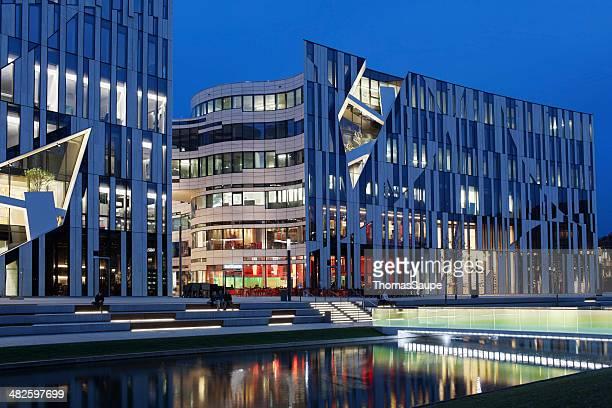 kö man only in düsseldorf - düsseldorf stock-fotos und bilder