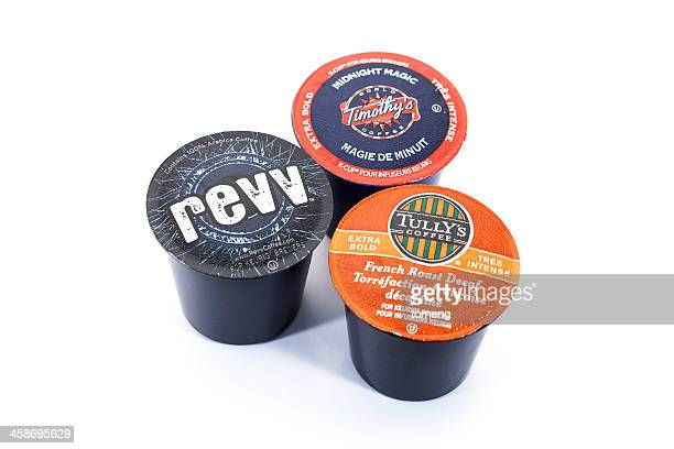k-cups for keurig brewing systems - keurig green mountain stock pictures, royalty-free photos & images