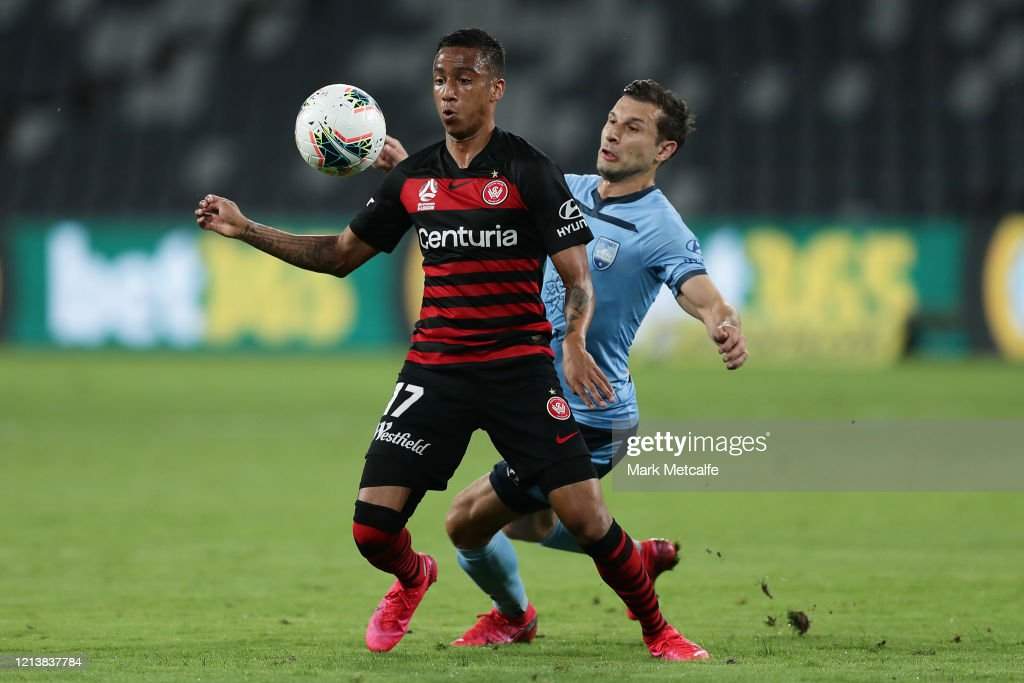A-League Rd 24 - Western Sydney v Sydney : News Photo