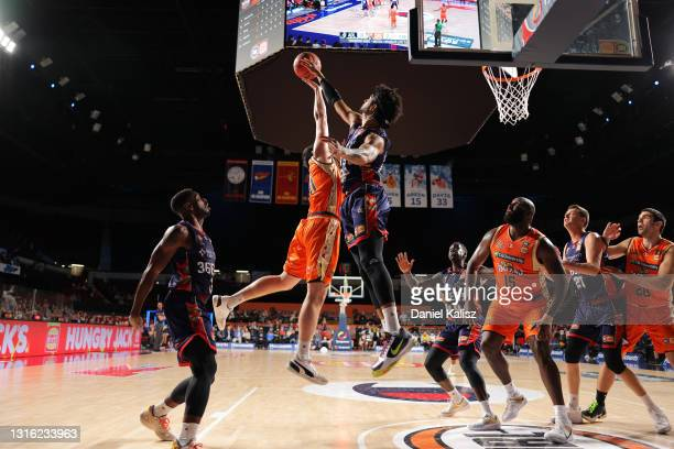 Keanu Pinder of the Adelaide 36ers rejects during the round 16 NBL match between the Adelaide 36ers and Cairns Taipans at Adelaide Entertainment...
