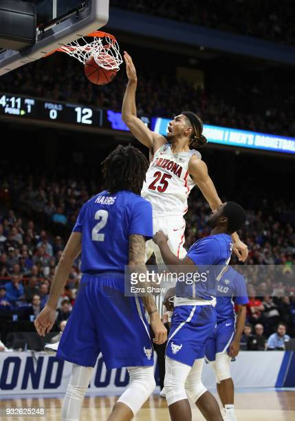 Keanu Pinder of the Arizona Wildcats dunks the ball against the Buffalo Bulls during the first round of the 2018 NCAA Men's Basketball Tournament at...