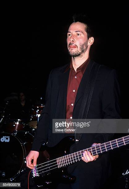 Keanu Reeves and Dogstar perform at Irving Plaza, New York, July 6, 2000.