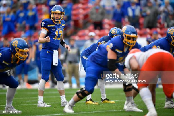 Keaton Heide of the South Dakota State Jackrabbits sets the play against the Sam Houston State Bearkats during the Division I FCS Football...