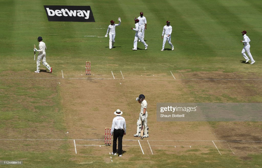 West Indies v England - 1st Test: Day Two : News Photo