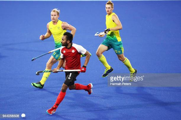 Keegan Pereira of Canada makes a break during the Men's Pool A match between Australia and Canada on day six of the Gold Coast 2018 Commonwealth...