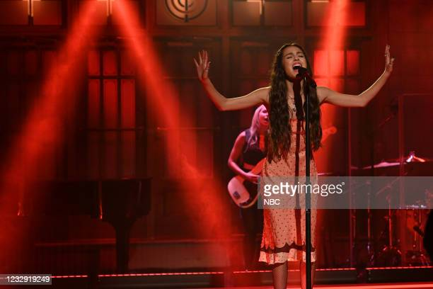 """Keegan-Michael Key"""" Episode 1804 -- Pictured: Musical guest Olivia Rodrigo performs on Saturday, May 15, 2021 --"""