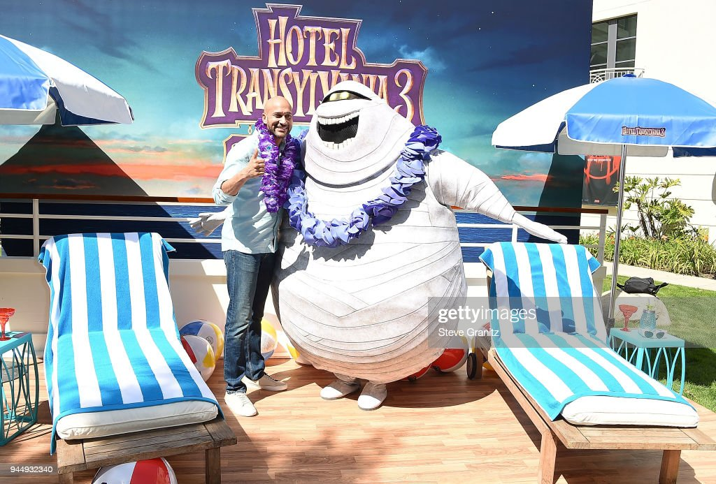 Keegan-Michael Key poses at the Photo Call For Sony Pictures' 'Hotel Transylvania 3: Summer Vacation' at Sony Pictures Studios on April 11, 2018 in Culver City, California.