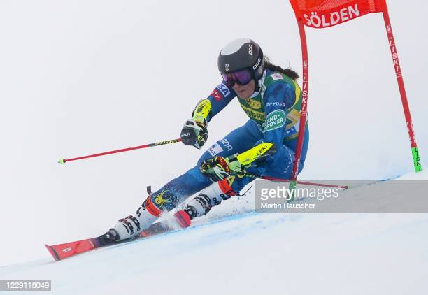 Keely Cashman of United States of America competes during the Women's Giant Slalom of the Audi FIS Alpine Ski World Cup at Rettenbach glacier on...