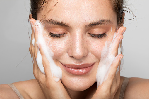 Keep your skin clean 1170104811