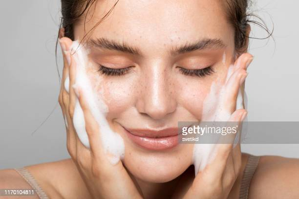 keep your skin clean - beautiful woman stock pictures, royalty-free photos & images