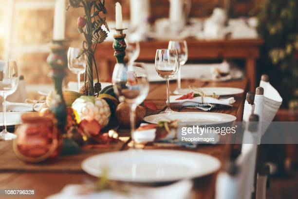keep your table setting simple and clean - arranging stock pictures, royalty-free photos & images