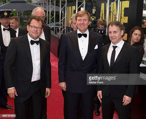 Kees Abrahams King WillemAlexander of The Netherlands and Robin de Levita attend the world premiere of 'Anne' a play base on the diaries of Anne...