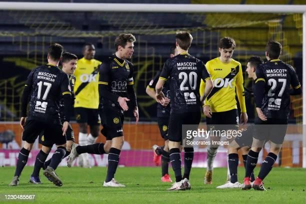 Kees Luijckx of Roda JC celebrates 1-1 with Danny Bakker of Roda JC, Xander Lambrix of Roda JC, Mitchel Keulen of Roda JC during the Dutch Keuken...