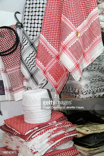 keffiya for sale in aleppo - kaffiyeh stock pictures, royalty-free photos & images