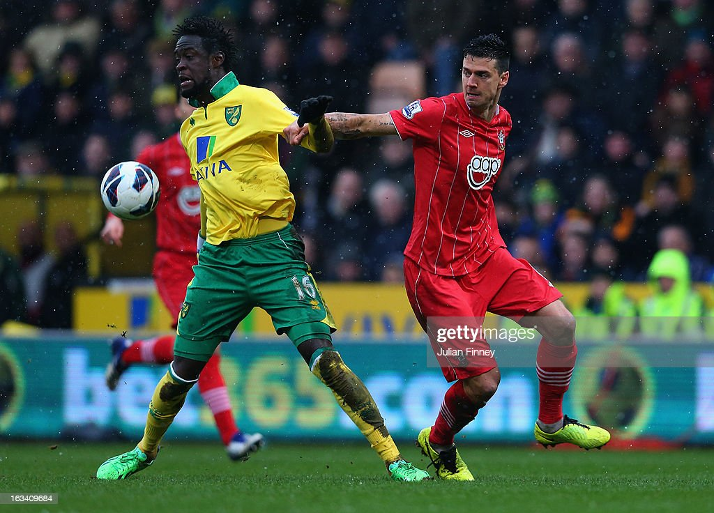Kei Kamara of Norwich City battles with Jose Fonte of Southampton during the Barclays Premier League match between Norwich City and Southampton at Carrow Road on March 9, 2013 in Norwich, England.