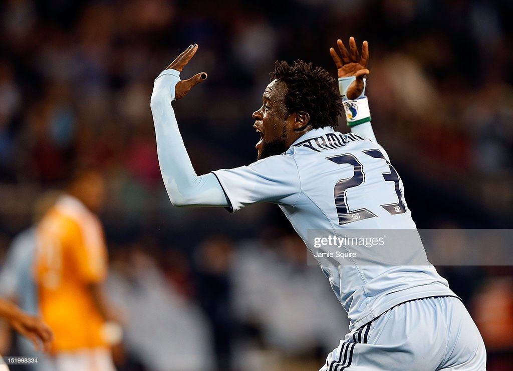 Houston Dynamo v Sporting Kansas City