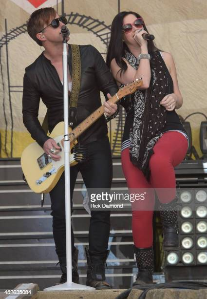 Keifer Thompson and Shawna Thompson of Thompson Square perform at Country Thunder USA Day 1 on July 24 2014 in Twin Lakes Wisconsin