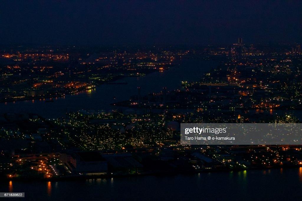 Keihin factory area in Kawasaki and Yokohama city night aerial view from airplane : ストックフォト