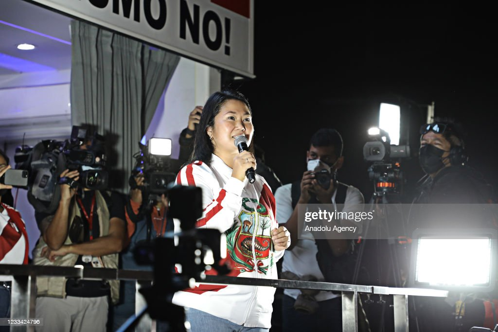 Peruvian Presidential Candidate Keiko Fujimori Attends March After Questioning Vote : ニュース写真