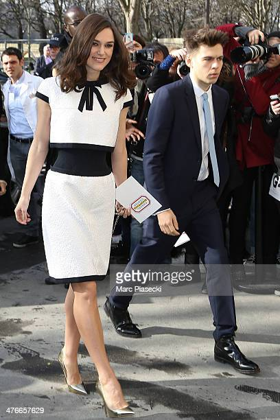 Keira Knightley and James Righton attend the Chanel show as part of the Paris Fashion Week Womenswear Fall/Winter 20142015 on March 4 2014 in Paris...