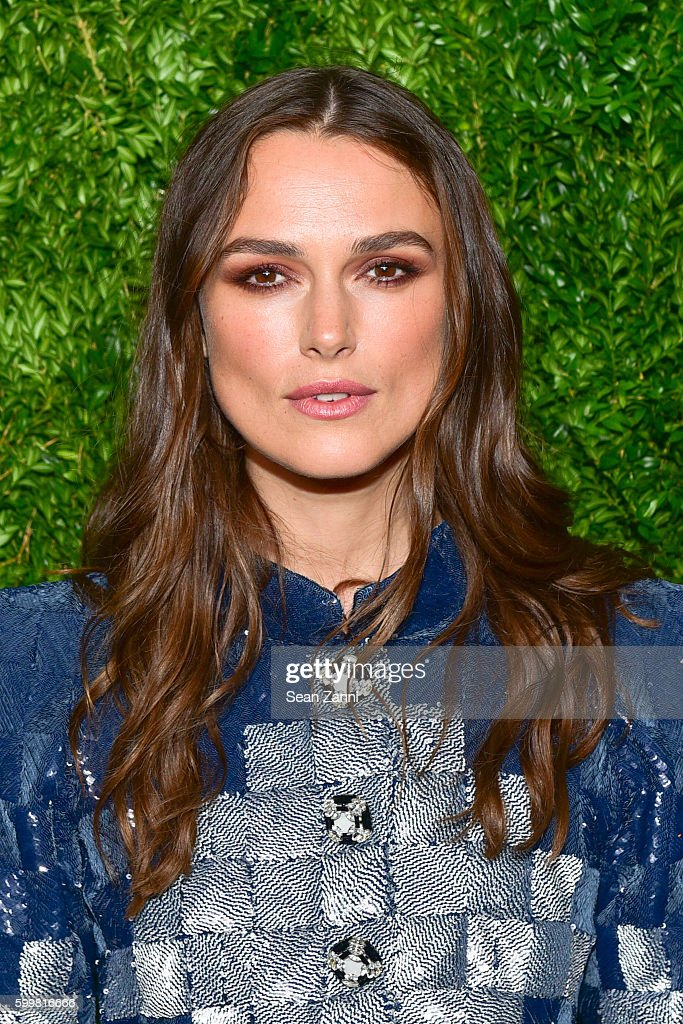 CHANEL Fine Jewelry Dinner in Honor of Keira Knightley at The Jewel Box, Bergdorf Goodman - Arrivals : Foto jornalística