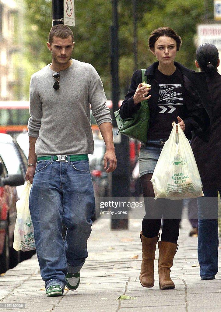 Keira Knightley Shopping In North London : Nachrichtenfoto