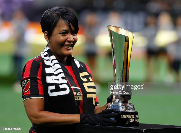 Keisha Lance Bottoms Mayor of Atlanta reacts after bringing out the trophy before the final of the Campeones Cup between Club America and Atlanta...