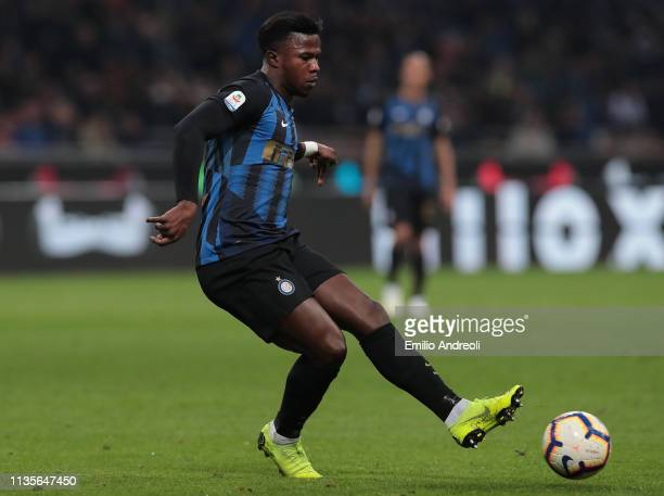Keita Balde of FC Internazionale in action during the Serie A match between FC Internazionale and Atalanta BC at Stadio Giuseppe Meazza on April 7...